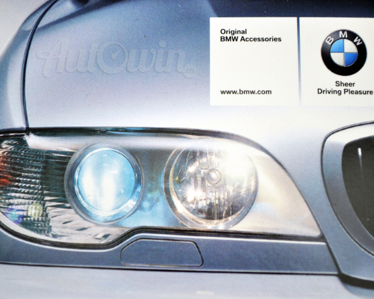 bmw genuine blue halogen lamps w5w original bmw accessories. Black Bedroom Furniture Sets. Home Design Ideas